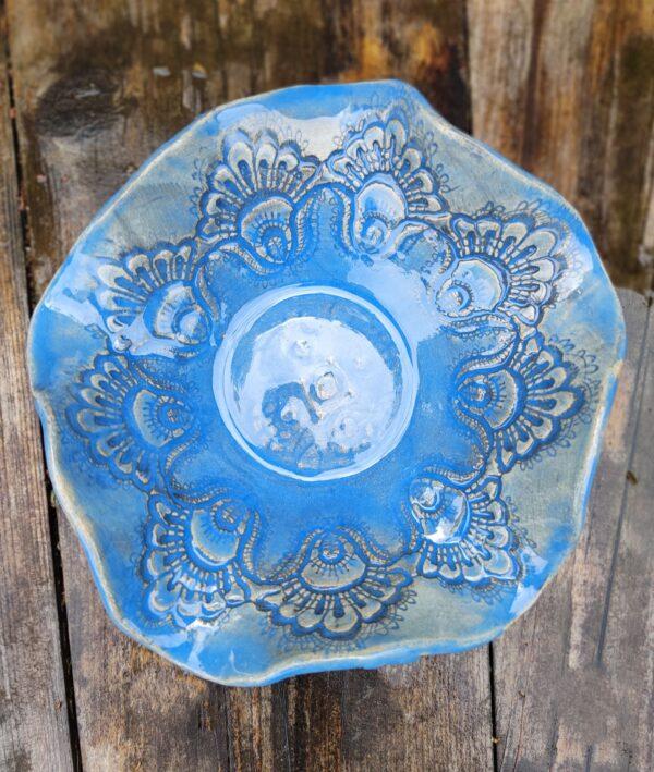 Misa turkusowa w kształcie fali