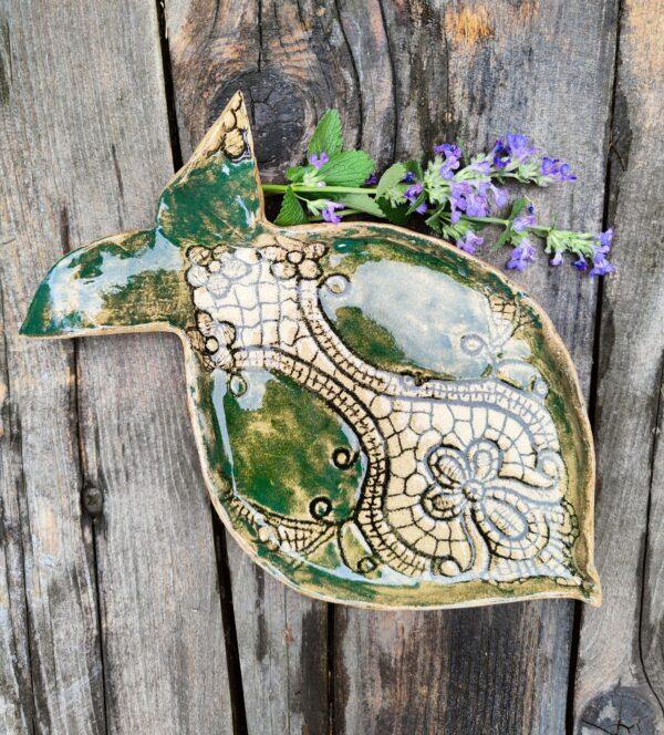 Talerz ryba zielono beżowa