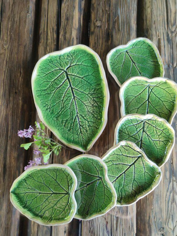 Zielony komplet do ciasta w kształcie liści